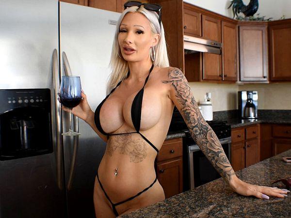 Winter Rae boobs sex